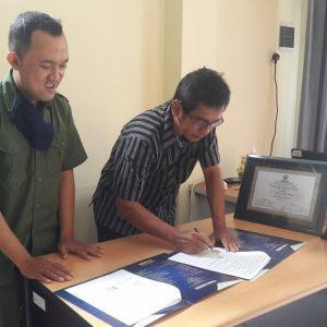 Penandatanganan MOU antara Fakultas Sastra UMP dan SIP Publishing